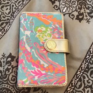 Lilly Pulitzer phone case/ wristlet